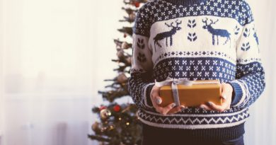 Don't sweat: Canterbury's Christmas jumper take over