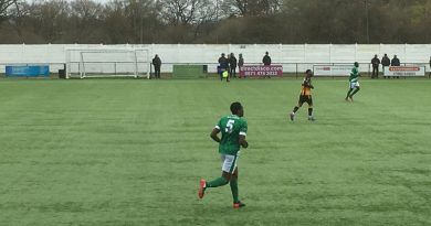 Ashford United strike late against East Grinstead